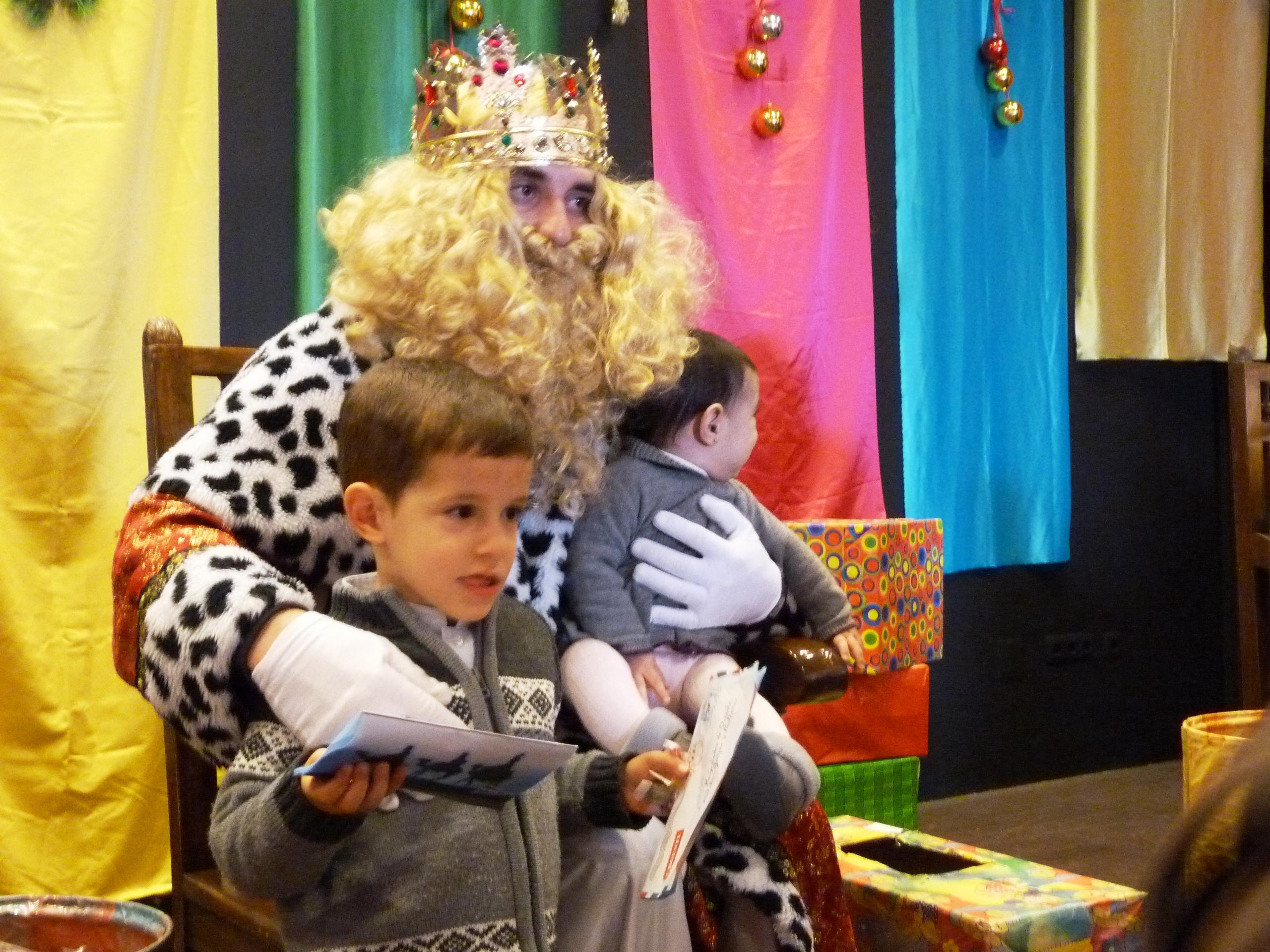 Entrega de cartas a los Reyes