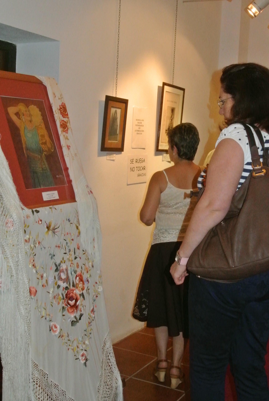 Presentación de libro y la exposición sobre Carmen Flores